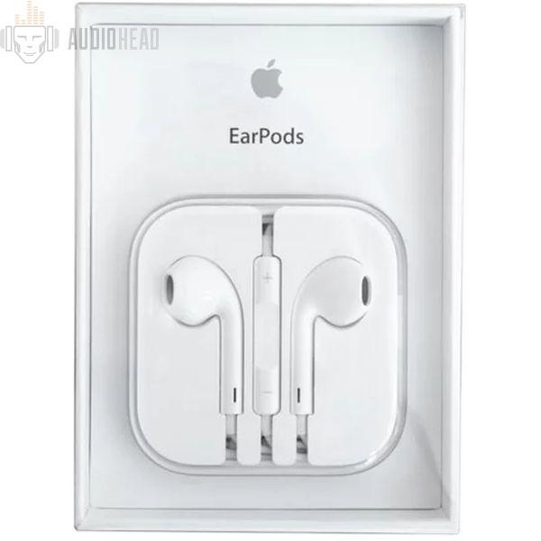 Apple EarPods MD827ZM A — купить в интернет-магазине AudioHead dc413a23fe4b5
