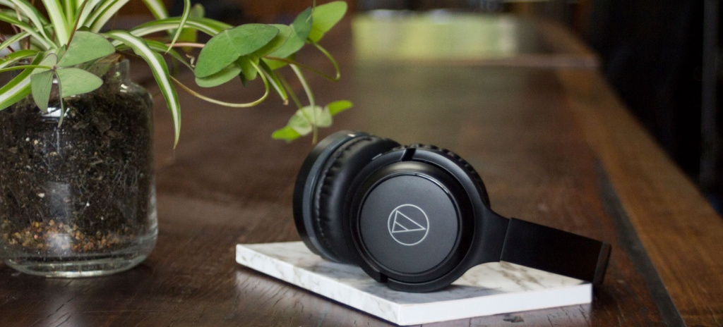 Audio-Technica ATH-S200BT Black.jpg