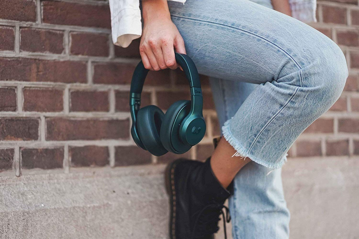 fresh_n_rebel_clam_wireless_over_ear_petrol_blue 7.jpg